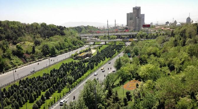تهران در بهار - اتوبان مدرس