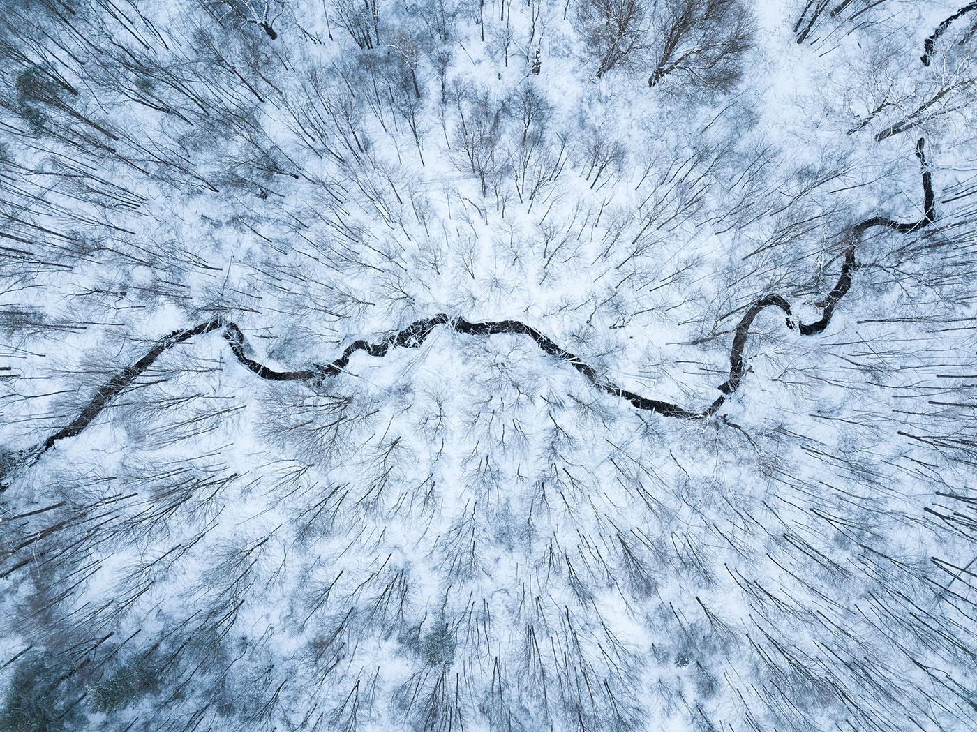 نمای رودخانه از بالا